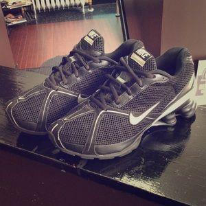 Nike shox Navina 2 running shoes